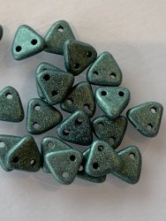 Triangle Beads 6mm Polychrome Lt Green 79051