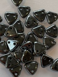 Triangle Beads 6mm Hematite L23980