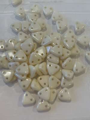 Triangle Beads 6mm Opaque Luster Champagne C03000