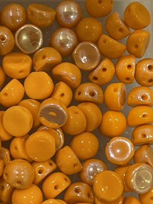 2-hole Cabochon 6mm Opaque Orange